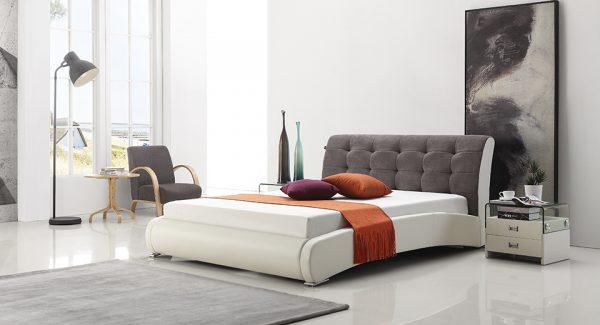 מיטה זוגית סורבט מסגרת מרודפת דמוי עור ראש המיטה מרופד בד בצבע לבן אפור תמונה רקע